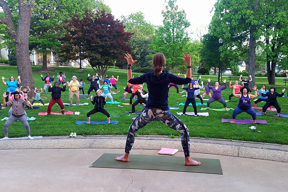 Yoga in the Park 002